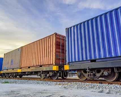 Залізничні вантажоперевезення
